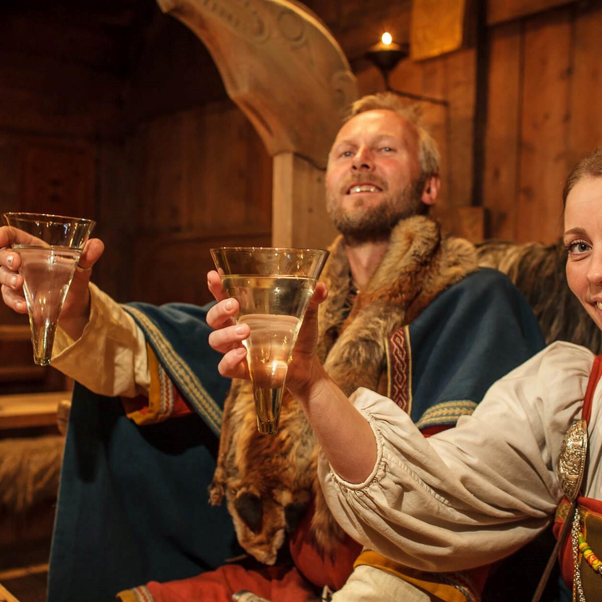 Udflugt: Mød Vikingerne - Sommer   Hurtigruten DK