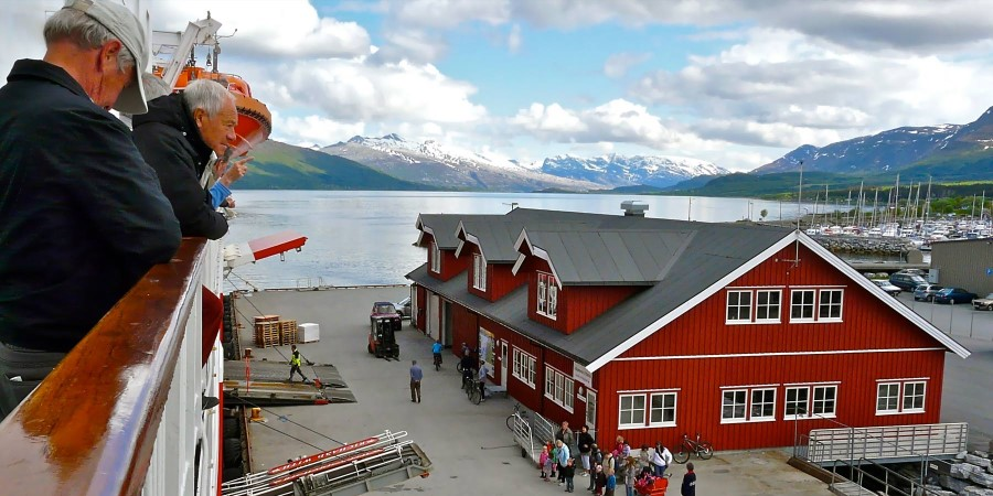 1800x900_List-img_Nesna_Docks-at-Nesna_By_Maggie-Strutt_Guest-Image.jpg