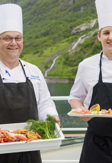 Norways-coastal-kitchen-in-Geirangerfjord2.jpg